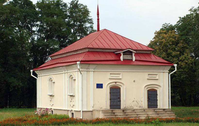 Каменица Полуботка для хранения оружия и драгоценностей, г. Любеч, Украина